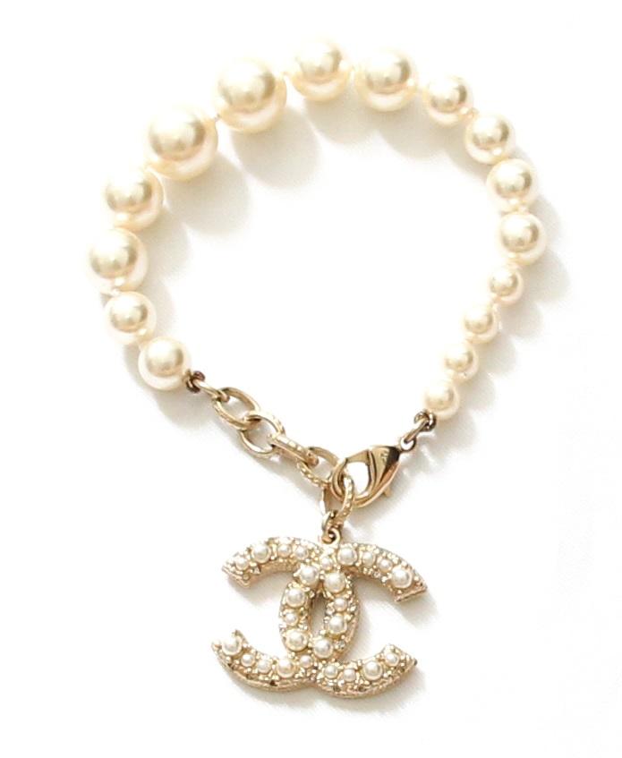 Chanel Pearl/Crystal CC Bracelet