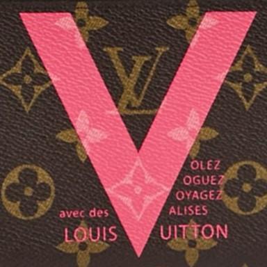 Louis Vuitton Monogram Canvas V